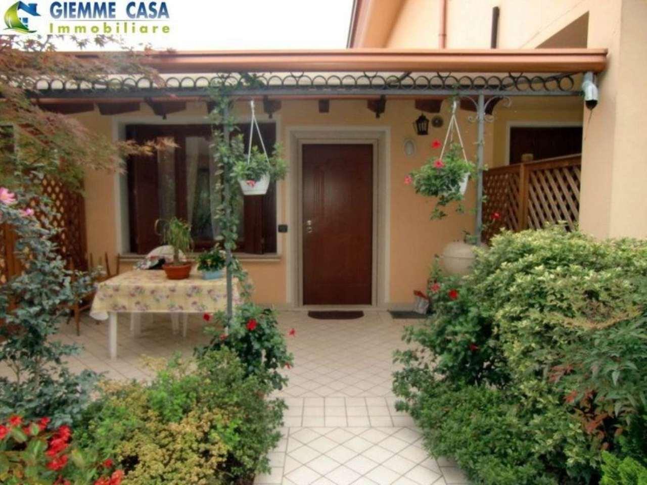 Bilocale Mazzano Via Quarena 2