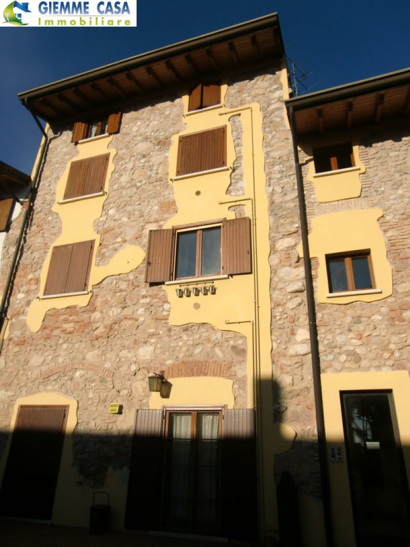 Bilocale Lonato Del Garda Via Gerardi 10