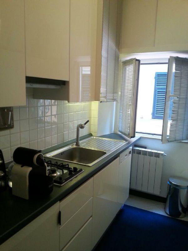 Appartamento in vendita a Arenzano, 6 locali, prezzo € 300.000 | Cambio Casa.it