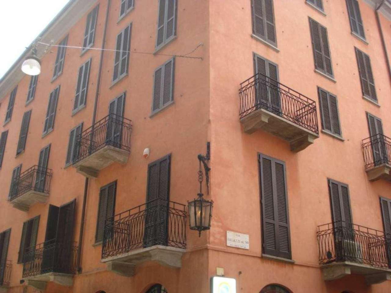 Bilocale Milano Via Agnello 8