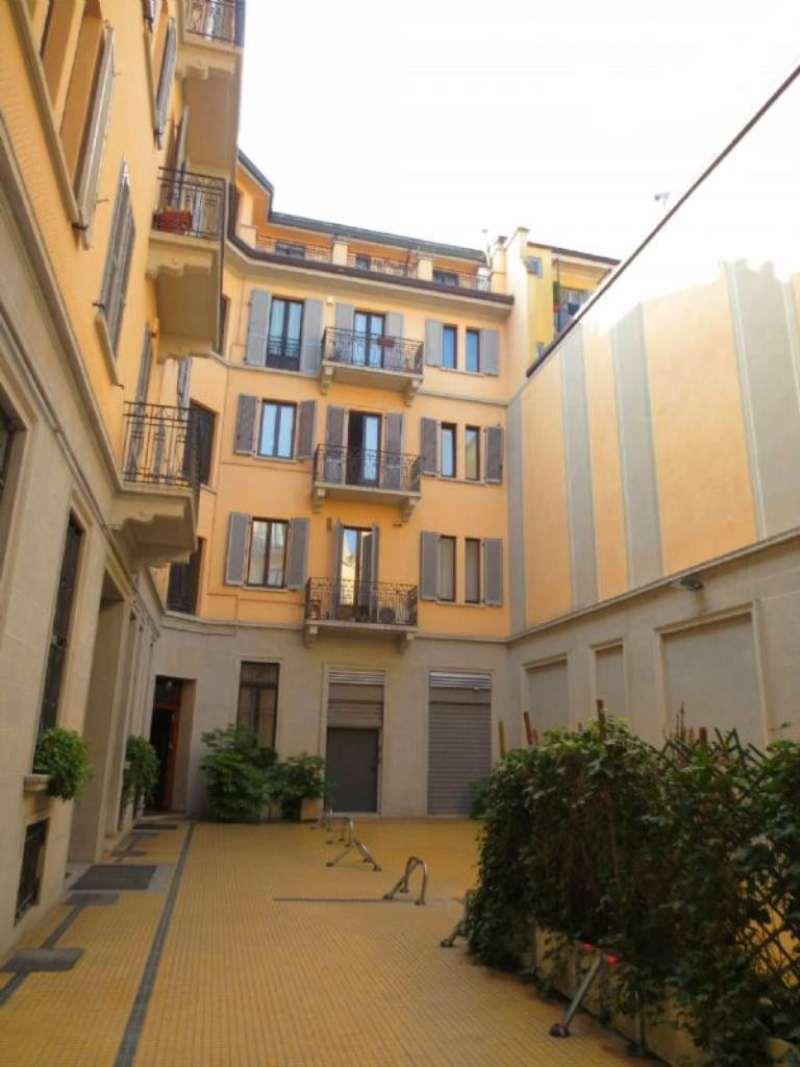 Bilocale Milano Via Antonio Scarpa 12
