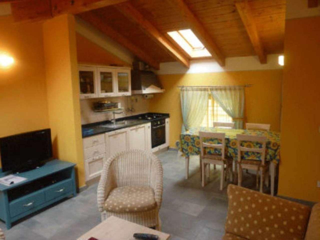 Villa in Vendita a Coazze Centro: 4 locali, 80 mq