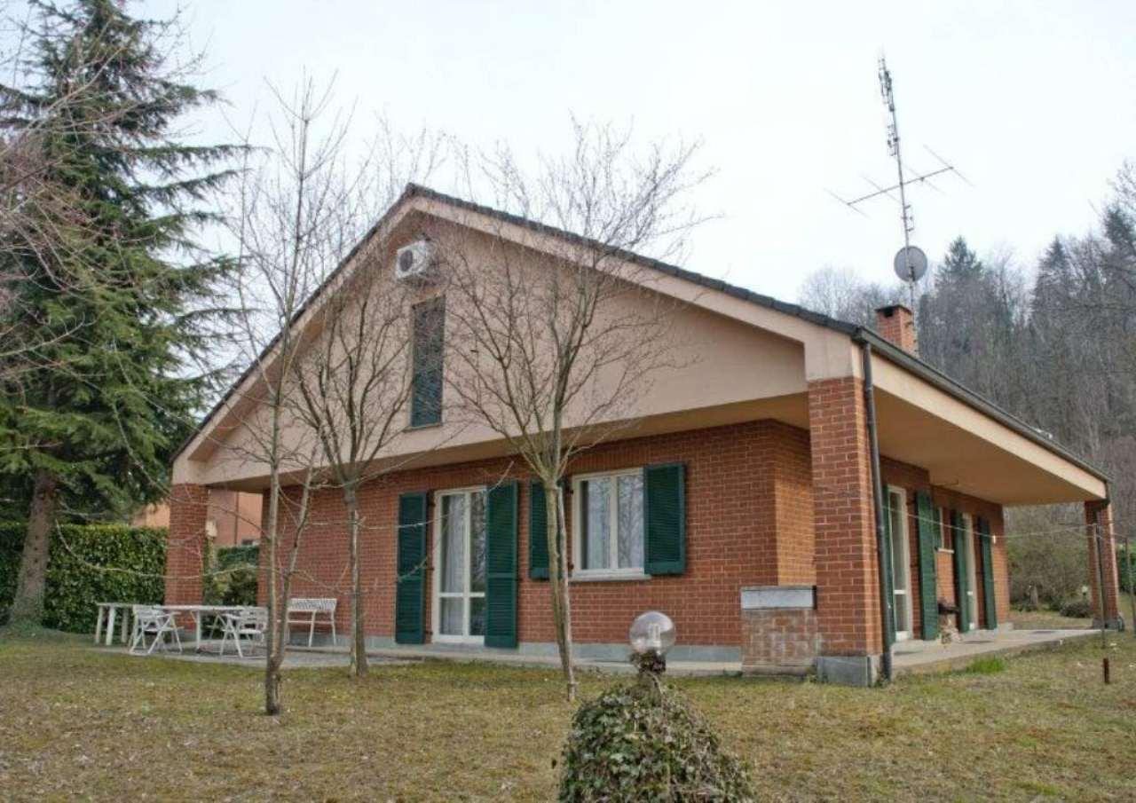 Villa in vendita a Avigliana, 7 locali, prezzo € 550.000   Cambio Casa.it