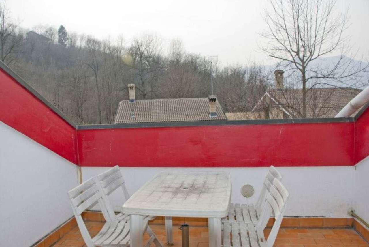Villa in vendita a Avigliana, 7 locali, prezzo € 495.000 | CambioCasa.it