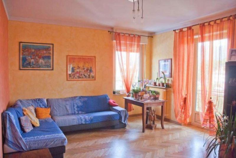Appartamento in Vendita a Giaveno Centro: 5 locali, 145 mq