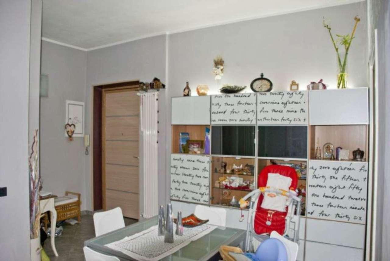 Bilocale Collegno Via Villa Cristina 1