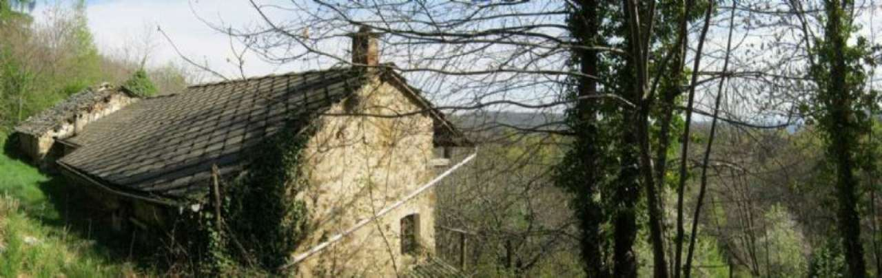 Casa indipendente in Vendita a Rueglio: 260 mq