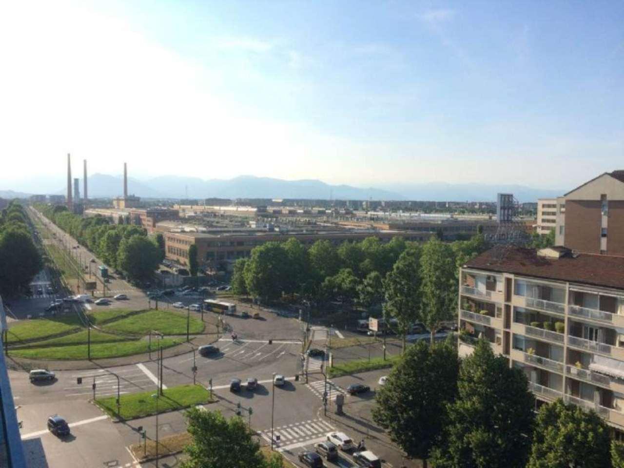 Appartamento in Vendita a Torino Periferia Sud: 2 locali, 64 mq