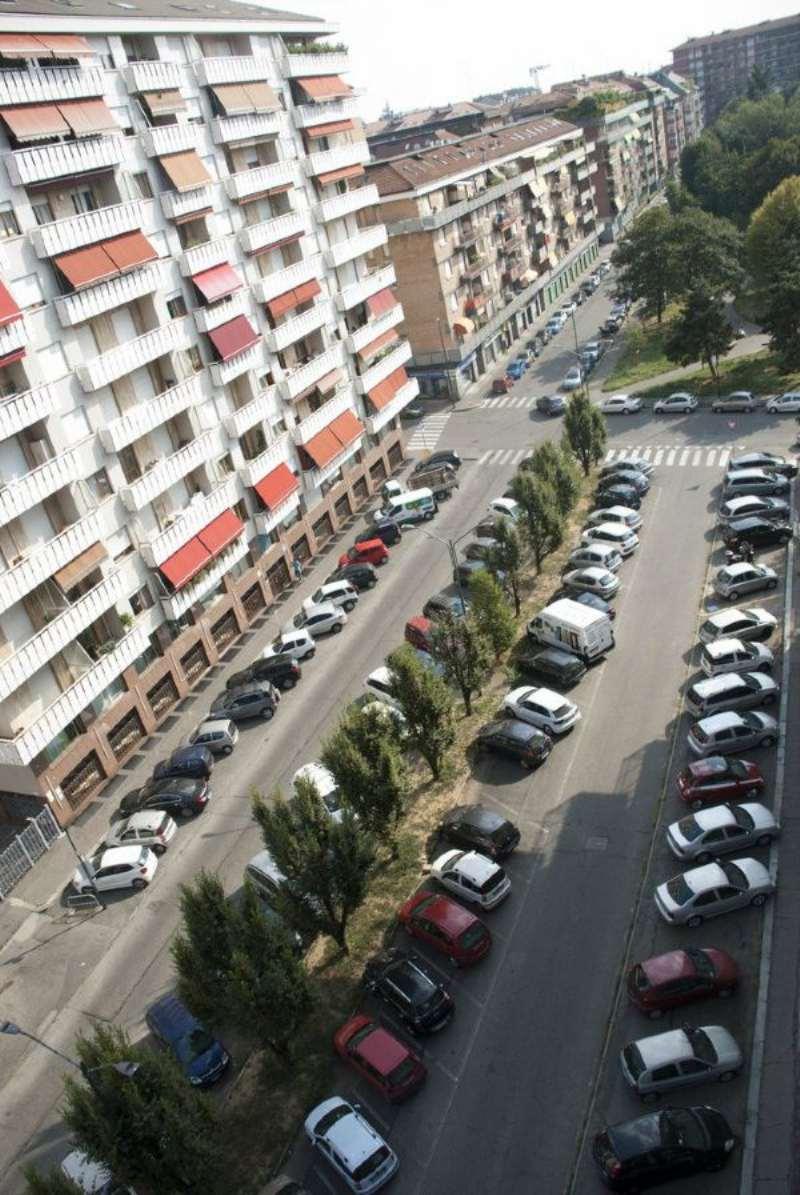 Bilocale Torino Via Viberti 13