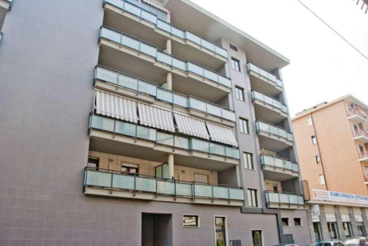 Bilocale Torino Via Barletta 2