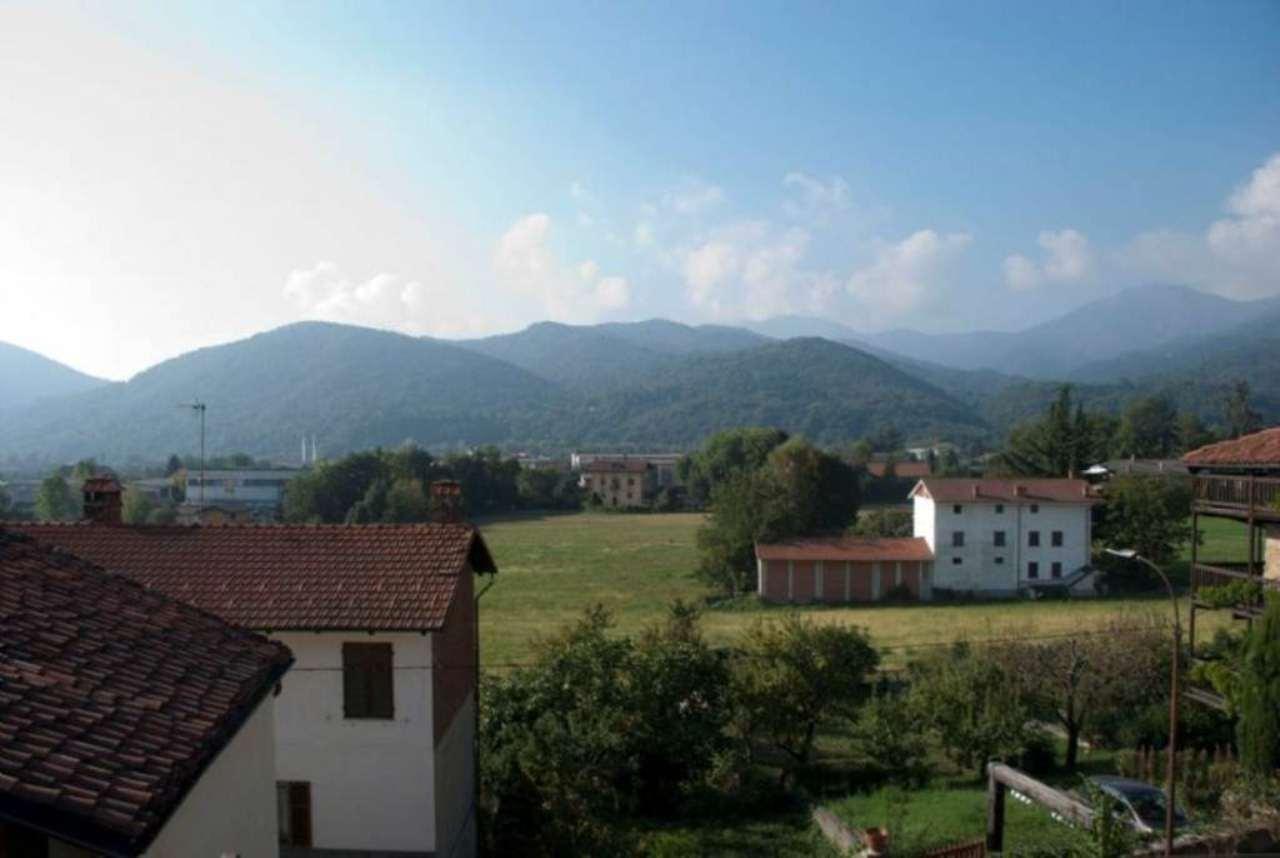 Bilocale Giaveno Via Villa 6