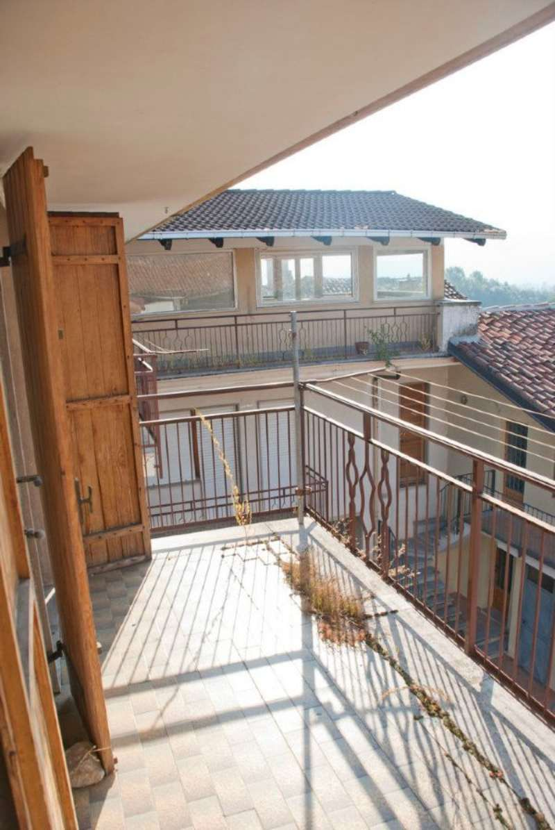 Bilocale Giaveno Via Villa 1