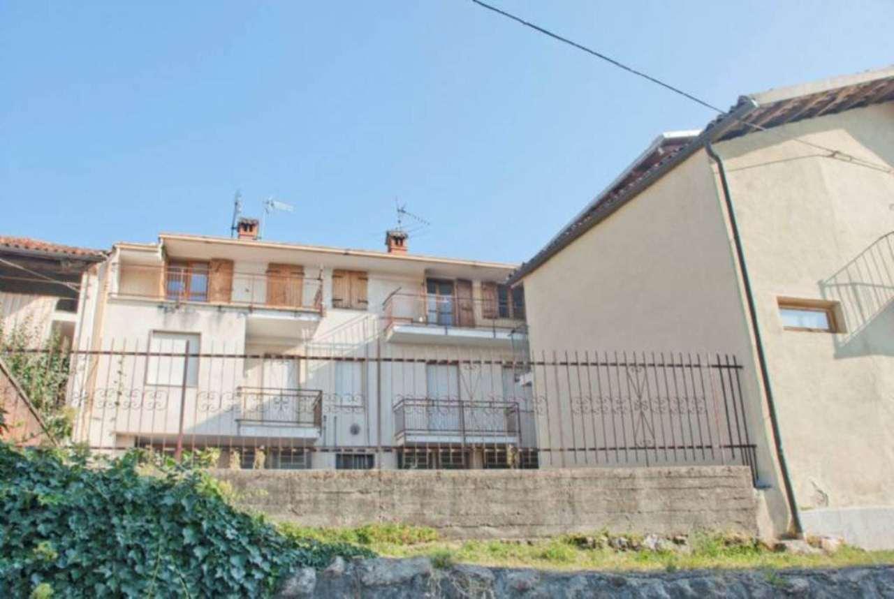 Bilocale Giaveno Via Villa 9