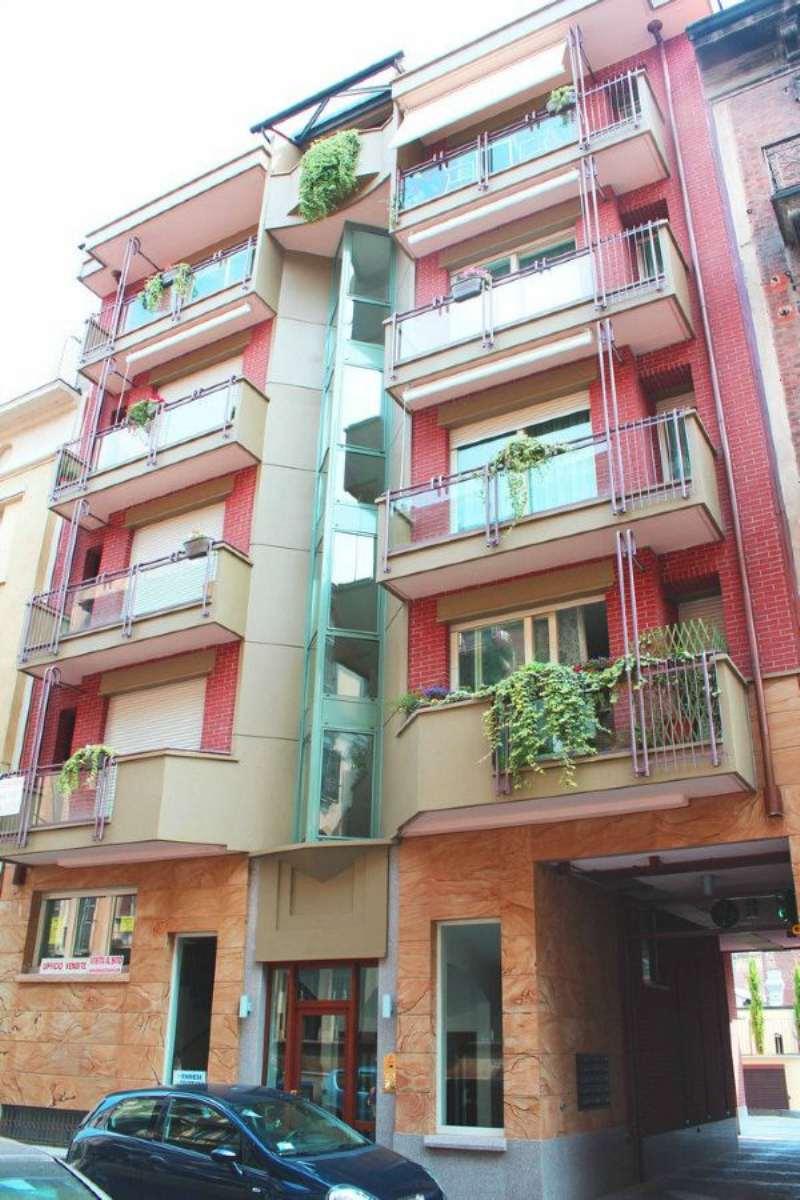 Appartamento in Vendita a Torino Semicentro Est: 2 locali, 50 mq