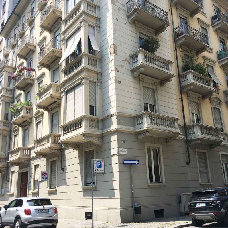 Appartamento in Vendita a Torino Semicentro: 3 locali, 100 mq