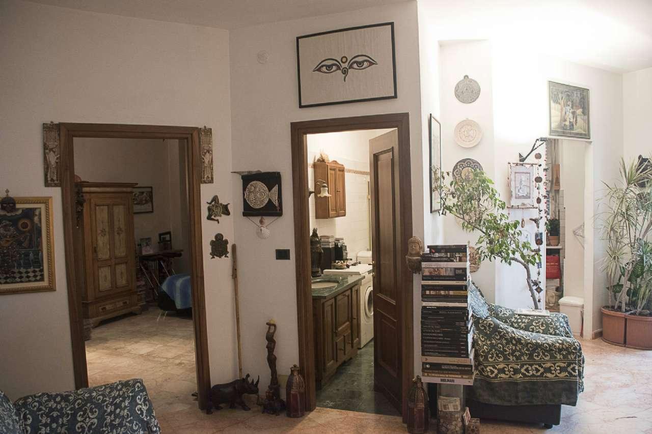 Appartamento in Vendita a Settimo Torinese Centro: 2 locali, 62 mq