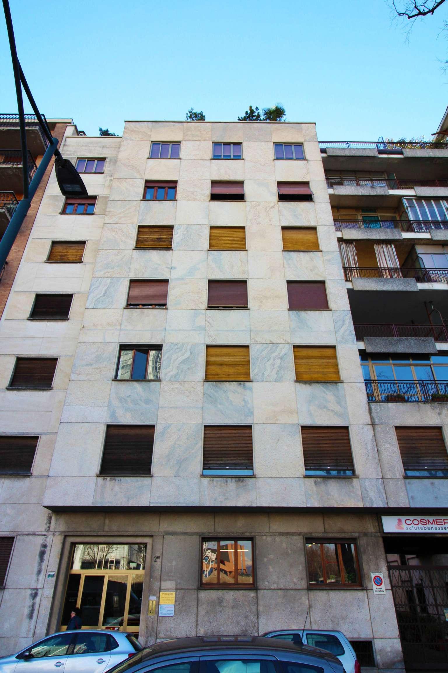 Ufficio-studio in Affitto a Torino Centro: 3 locali, 80 mq