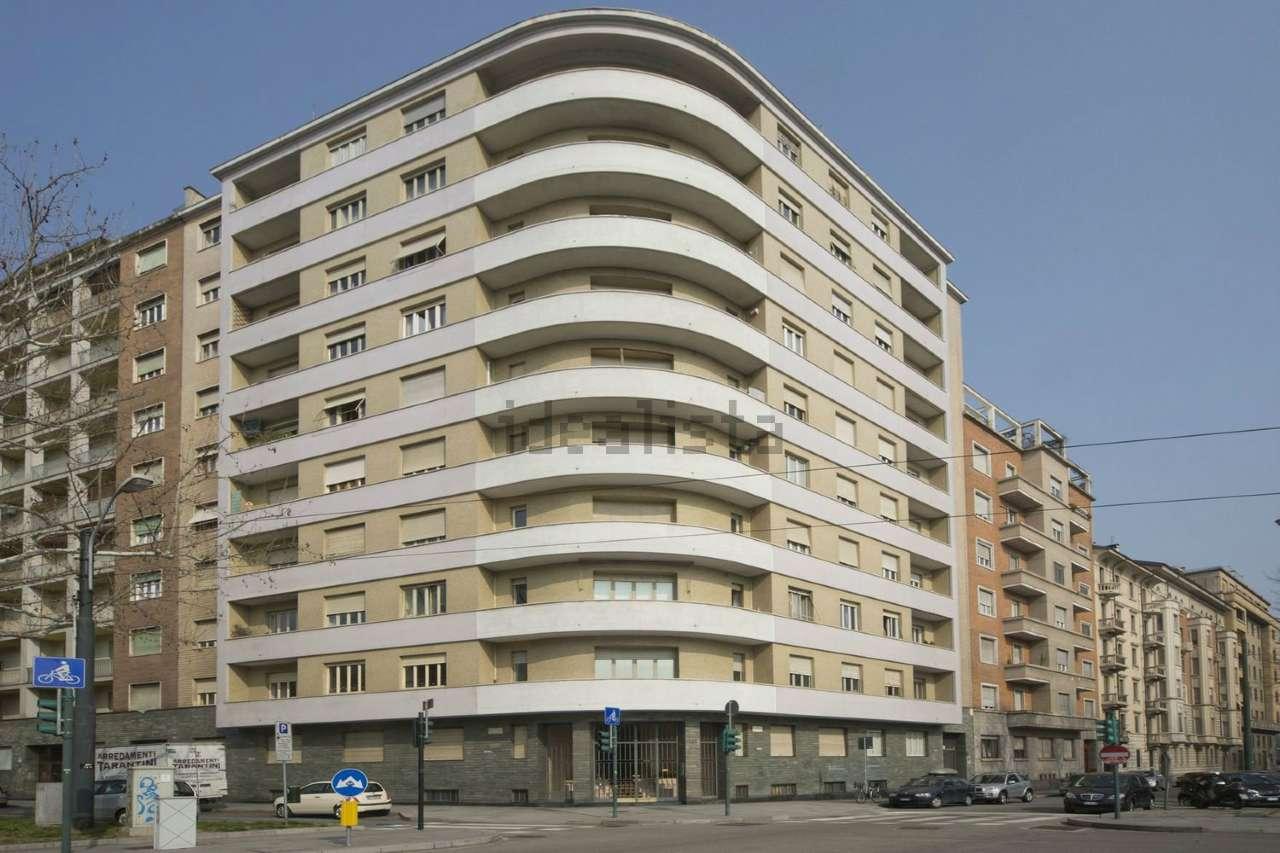Appartamento in Affitto a Torino Semicentro: 4 locali, 106 mq