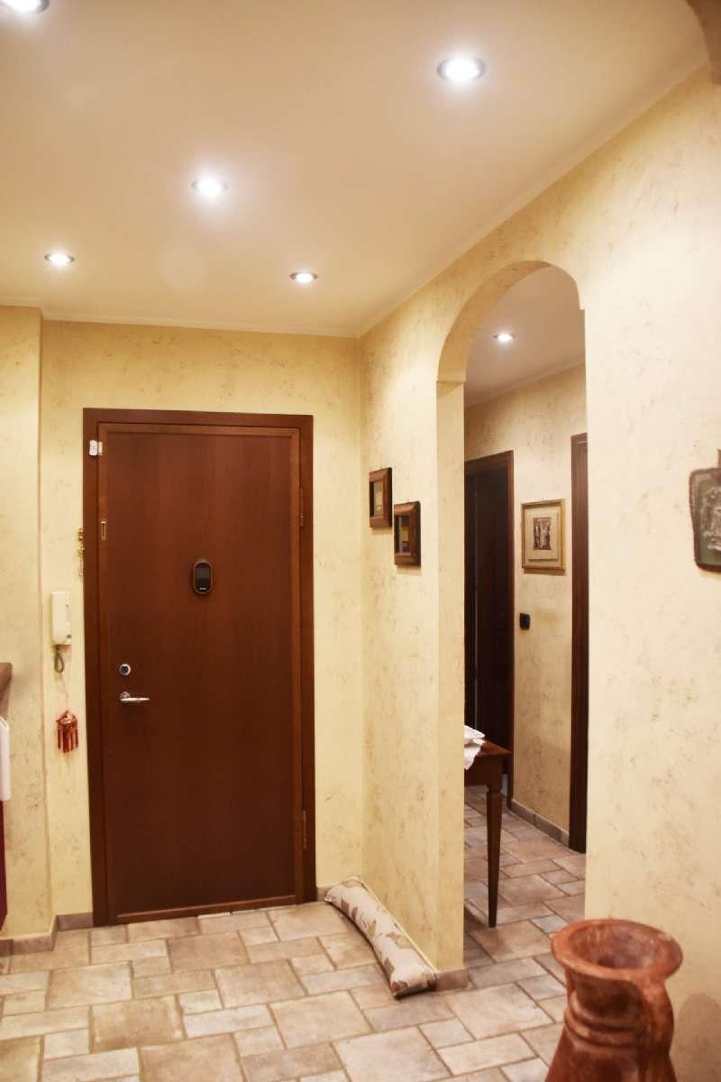 Appartamento in Vendita a Moncalieri Centro: 4 locali, 135 mq