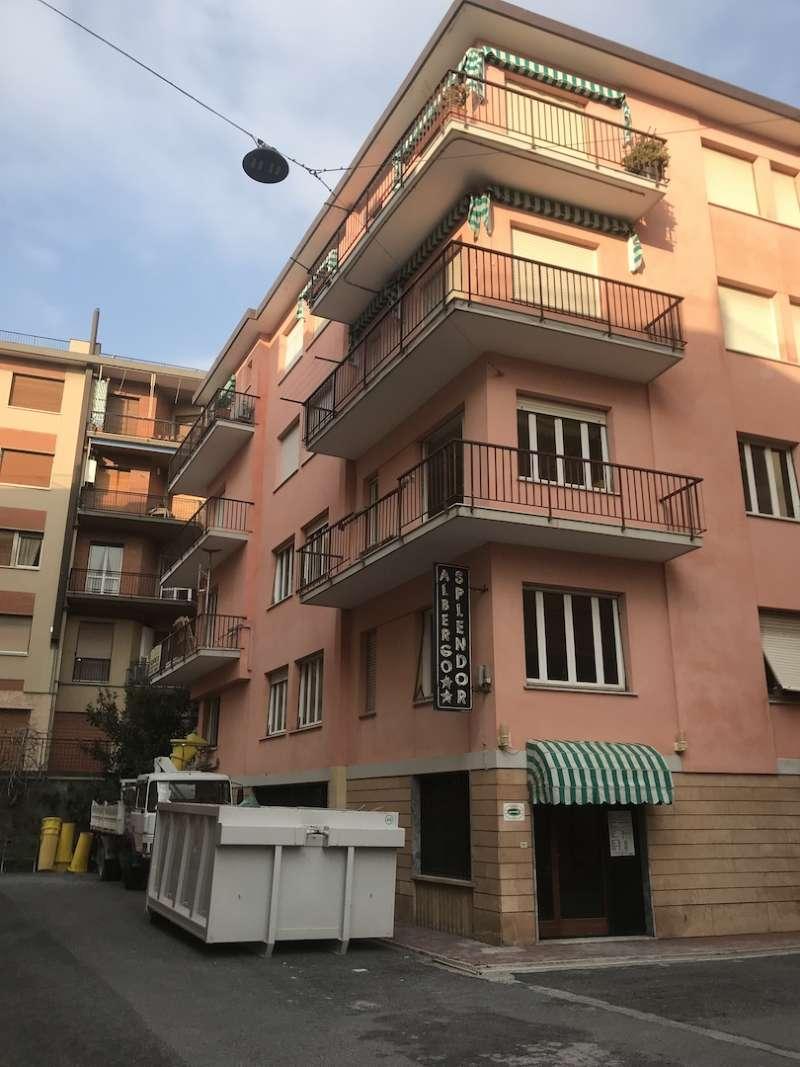 Appartamento in Vendita a Finale Ligure Centro: 3 locali, 97 mq