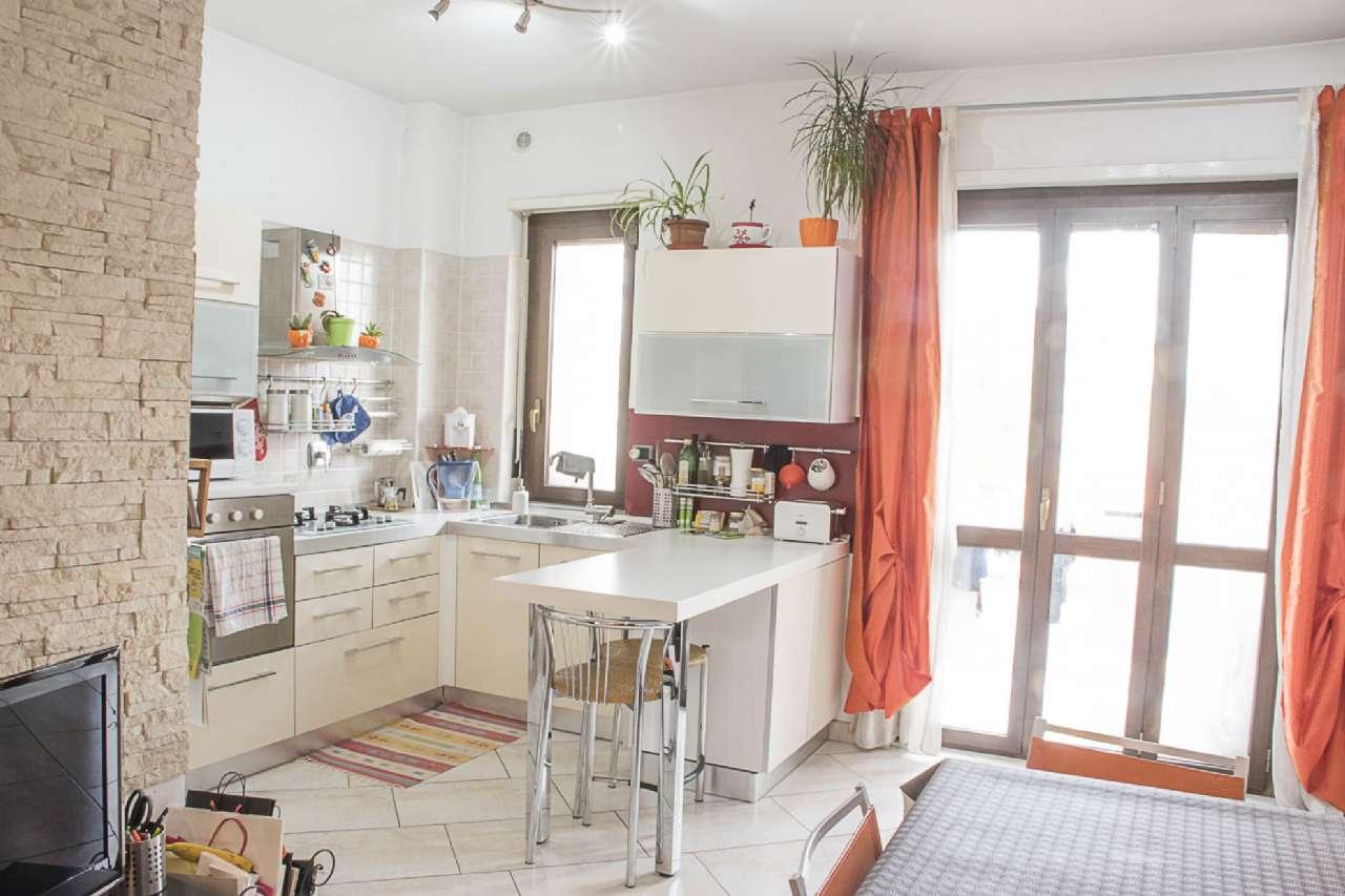 Appartamento in Vendita a Nichelino Centro: 2 locali, 71 mq