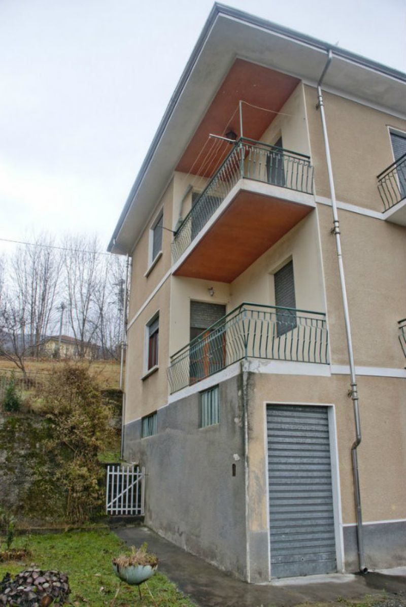 Casa indipendente in vendita a rubiana borgata ferro for Comprare garage indipendente