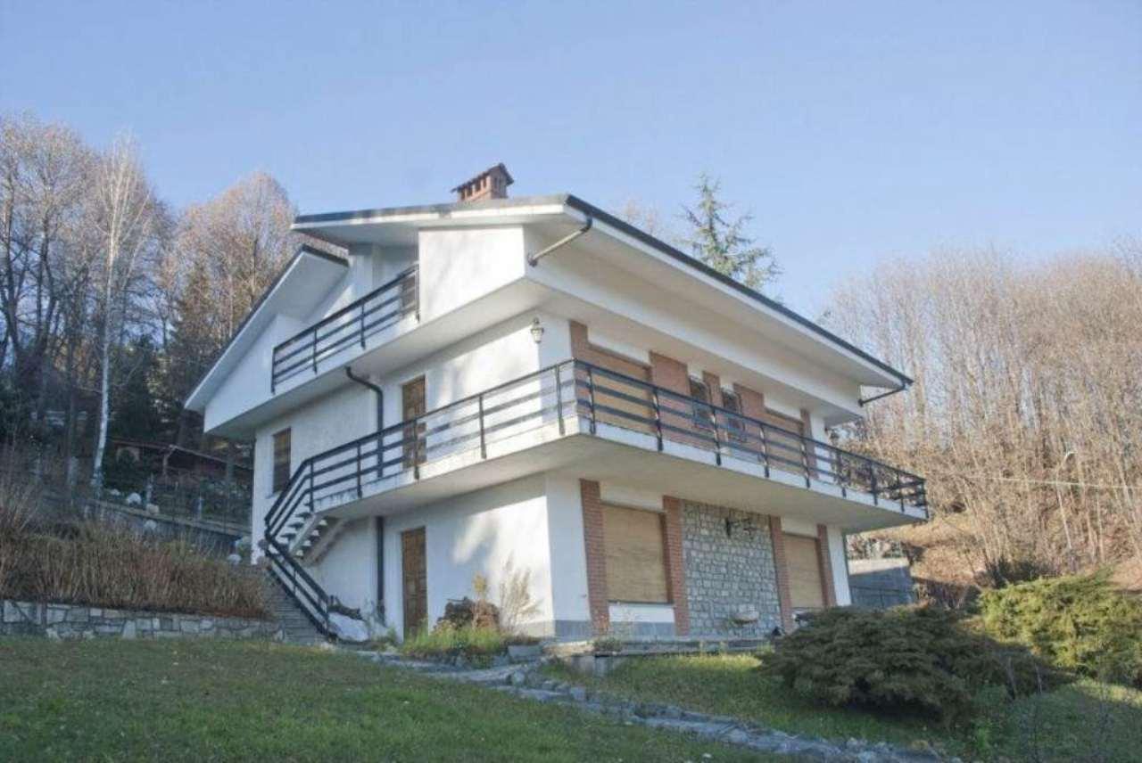 Casa indipendente in Vendita a Giaveno Periferia: 5 locali, 190 mq