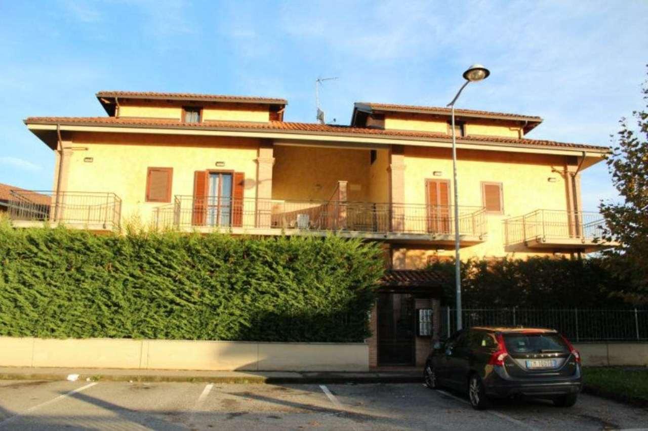 Bilocale Volpiano Via Riviera 10