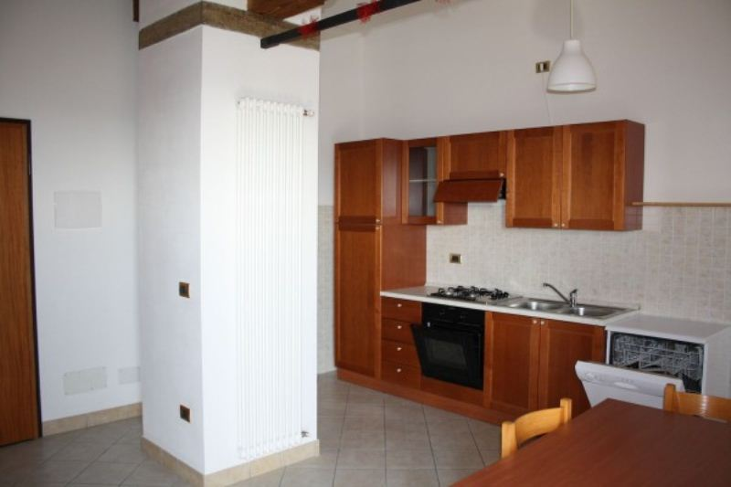 Appartamento in vendita a Lagosanto, 3 locali, prezzo € 85.000 | Cambiocasa.it