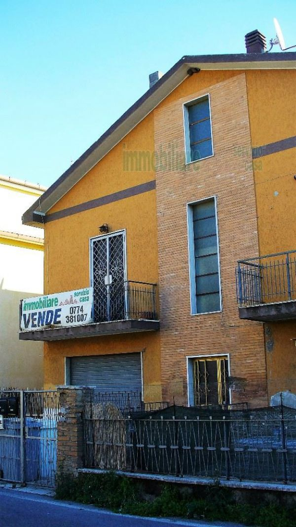 Bilocale Guidonia Montecelio Via Garibaldi 10