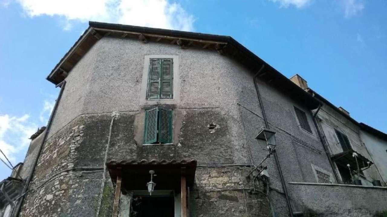 Appartamento in vendita a Castel Madama, 4 locali, prezzo € 79.000 | CambioCasa.it