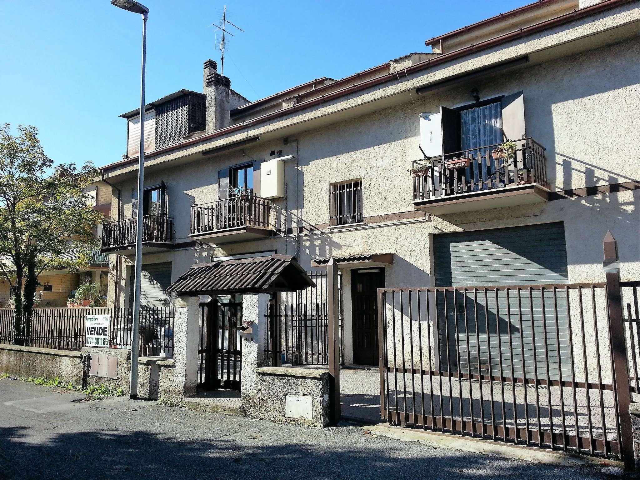 Negozio / Locale in vendita a Guidonia Montecelio, 1 locali, prezzo € 135.000 | CambioCasa.it