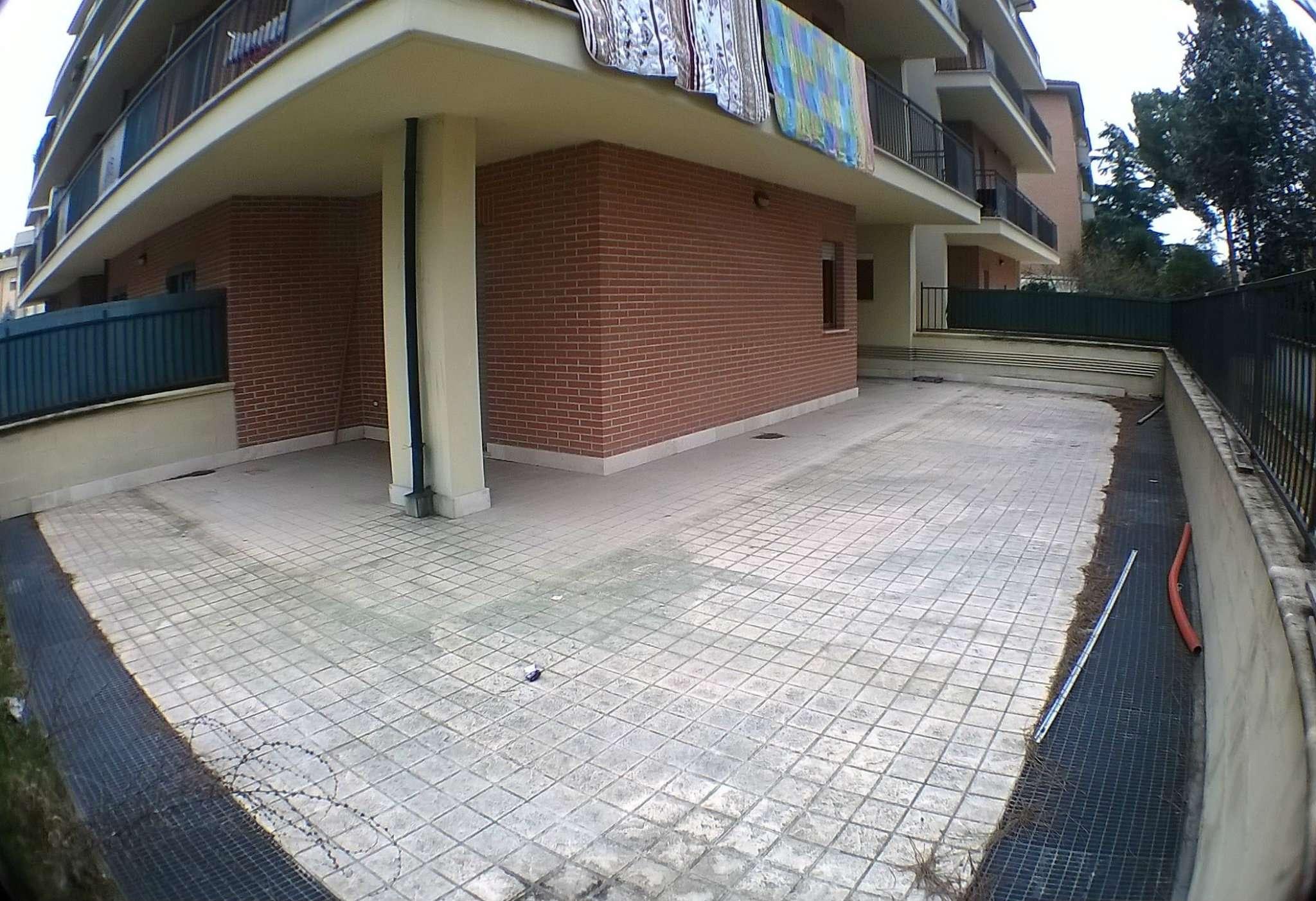 Bilocale Tivoli Via Bacci 8