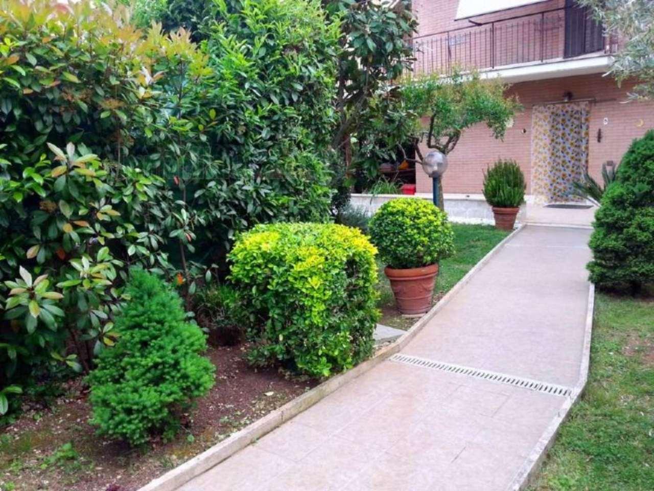 Villa in vendita a Tivoli, 5 locali, prezzo € 350.000 | Cambio Casa.it