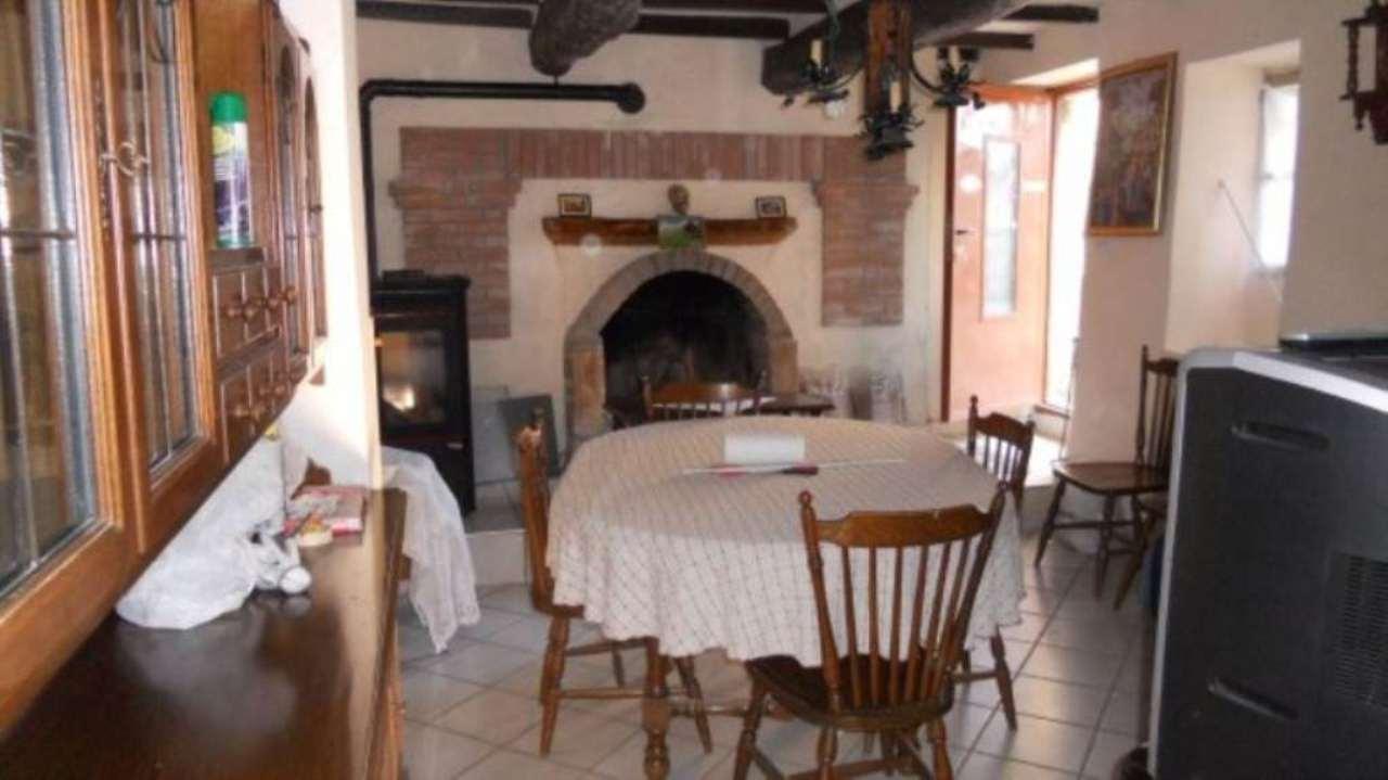 Soluzione Indipendente in vendita a Albugnano, 2 locali, prezzo € 40.000 | CambioCasa.it