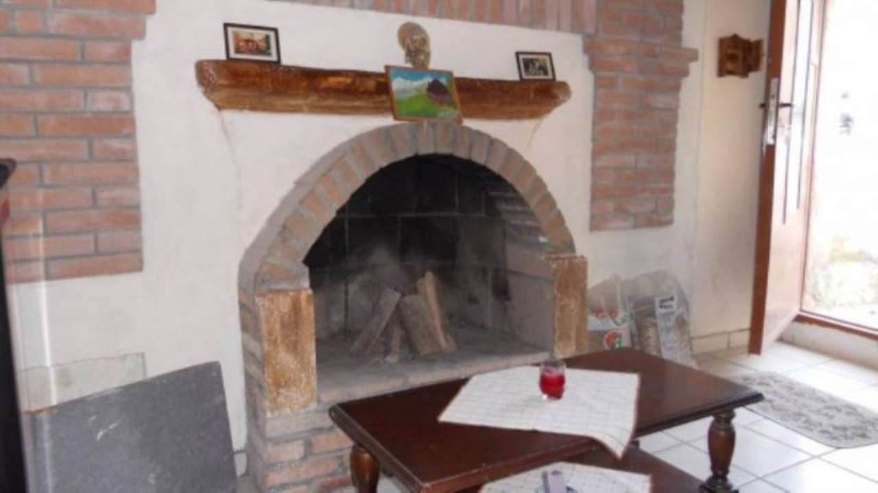 Bilocale Albugnano Vicolo Serafino 3