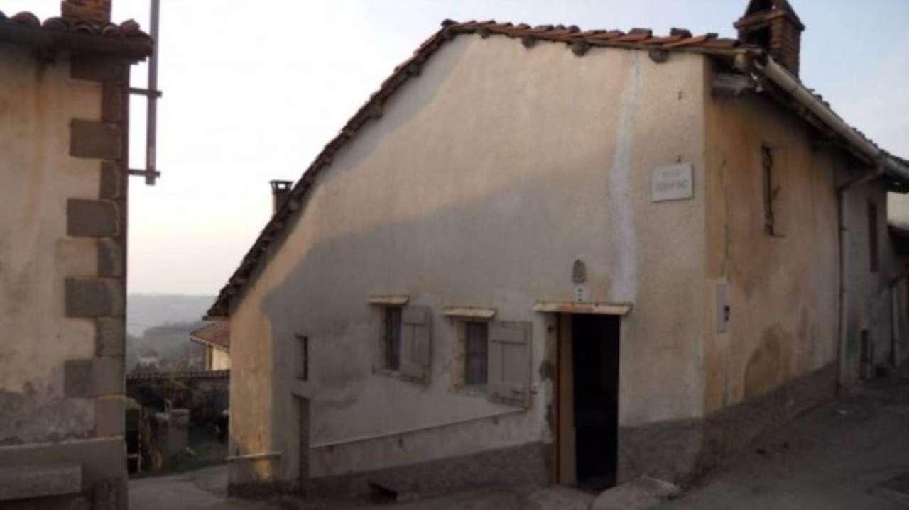 Bilocale Albugnano Vicolo Serafino 11