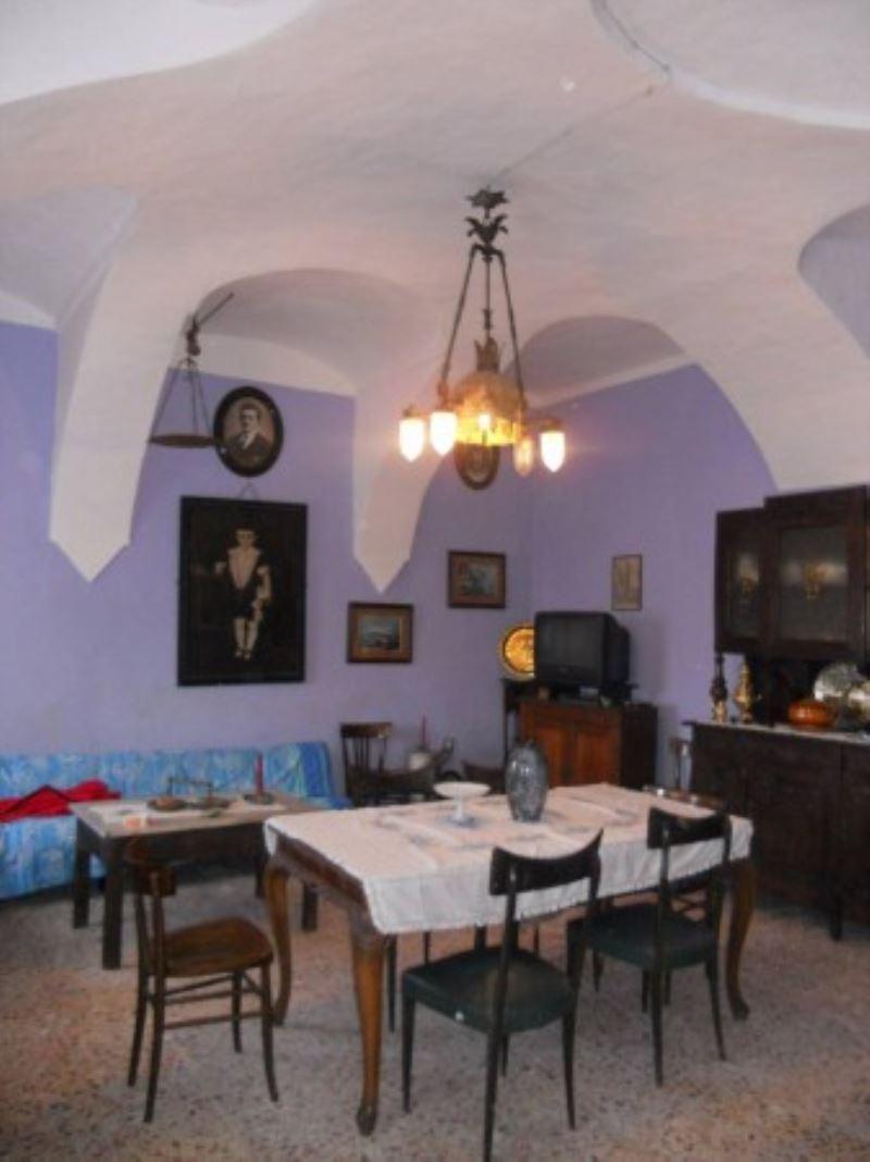 Rustico / Casale in vendita a Piea, 6 locali, prezzo € 59.000 | CambioCasa.it