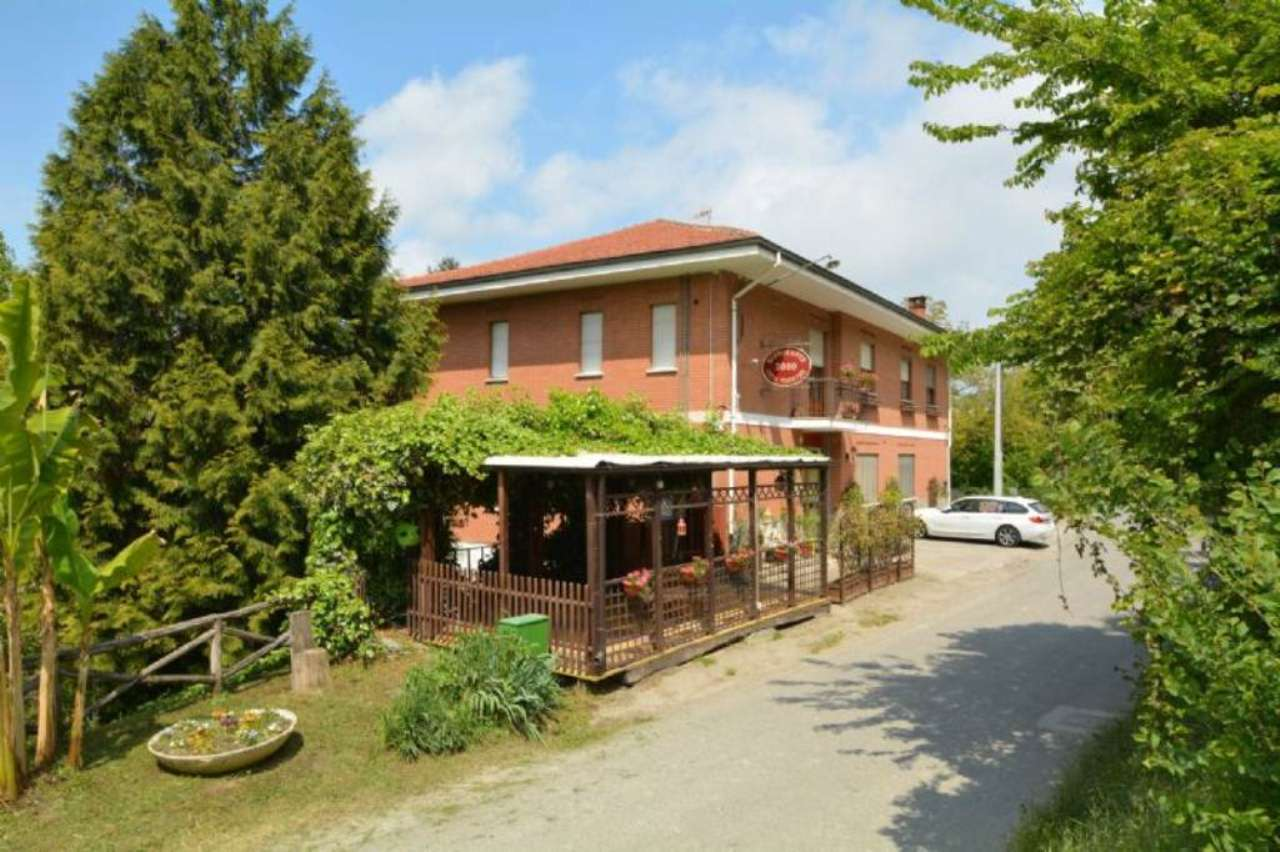 Altro in vendita a Pino d'Asti, 15 locali, Trattative riservate | CambioCasa.it