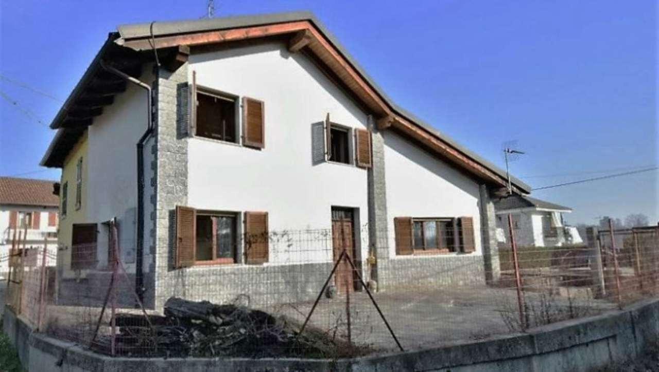 Soluzione Indipendente in vendita a Asti, 3 locali, prezzo € 128.000 | CambioCasa.it