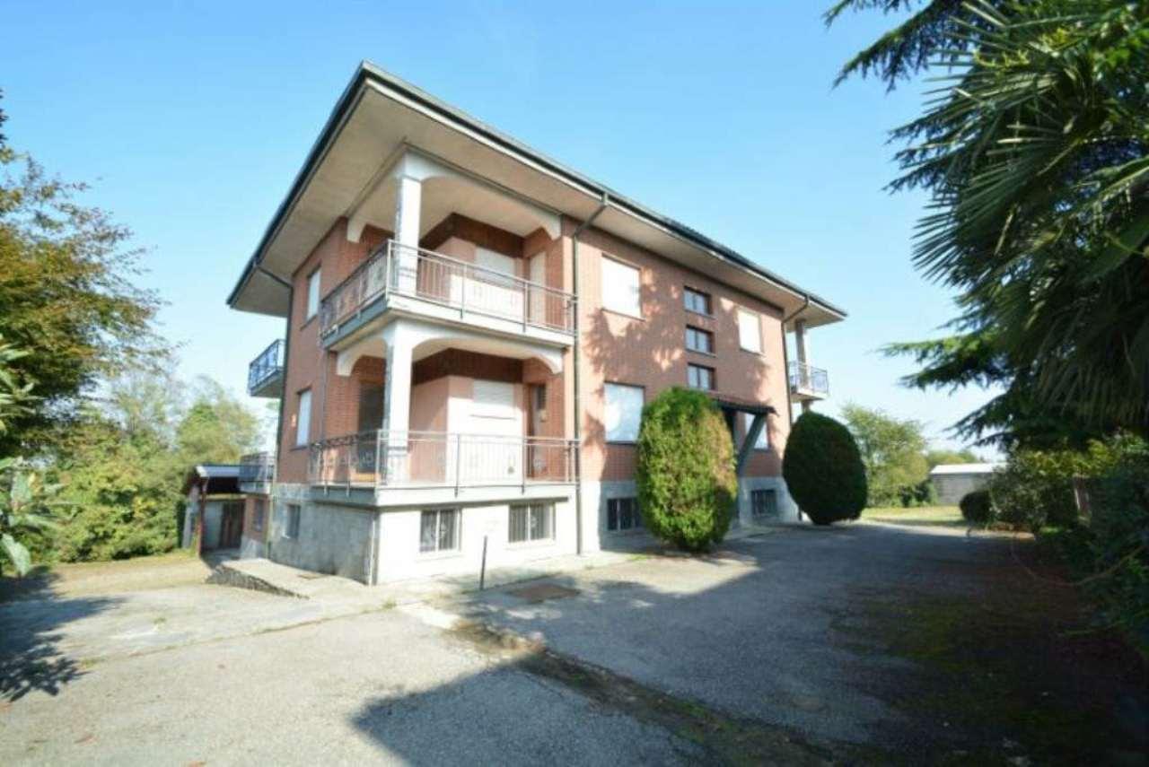 Palazzo / Stabile in vendita a Buttigliera d'Asti, 12 locali, prezzo € 298.000 | Cambio Casa.it