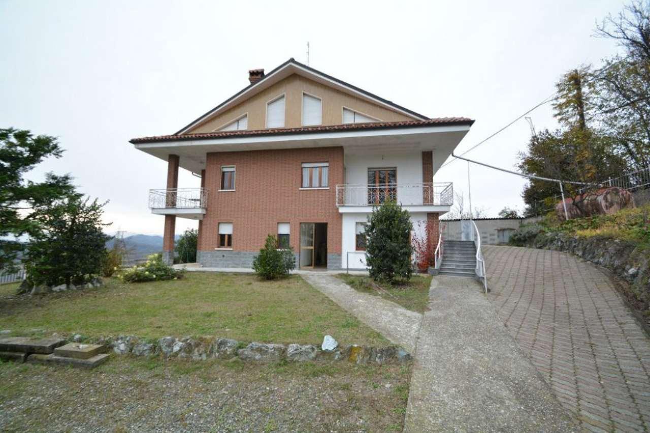 Palazzo / Stabile in vendita a Berzano di San Pietro, 13 locali, prezzo € 260.000 | Cambio Casa.it