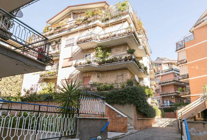 Appartamento in Vendita a Roma 21 Marconi / Ostiense: 3 locali, 85 mq
