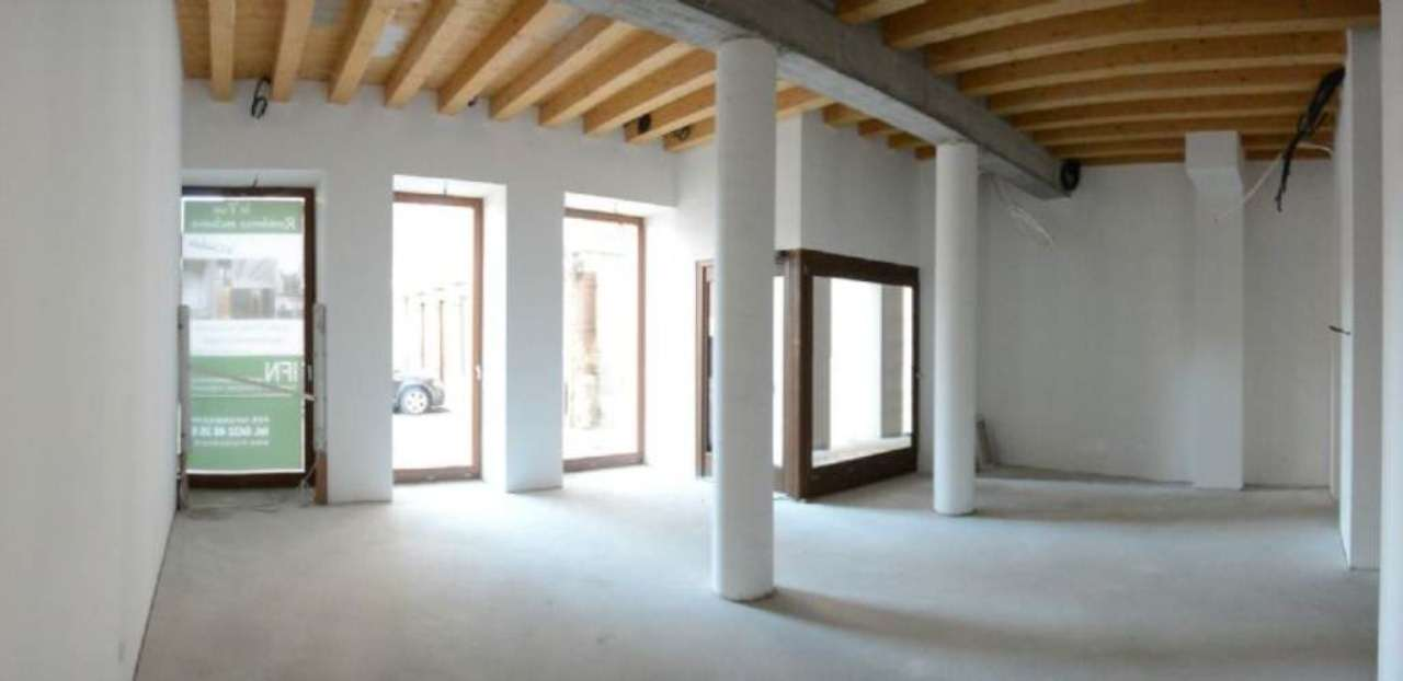 Negozio / Locale in vendita a Cividale del Friuli, 1 locali, Trattative riservate | Cambio Casa.it