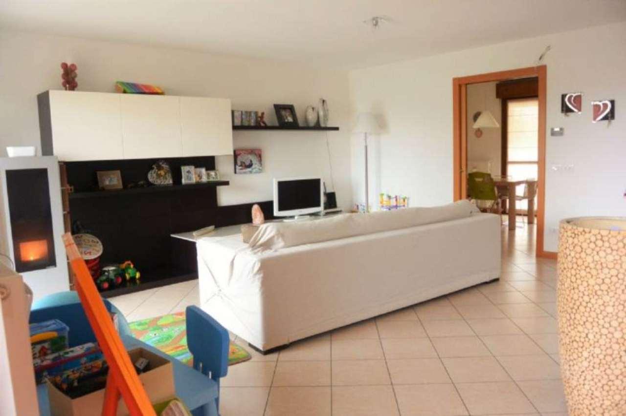 Villa a Schiera in vendita a Tricesimo, 6 locali, prezzo € 228.000 | Cambio Casa.it