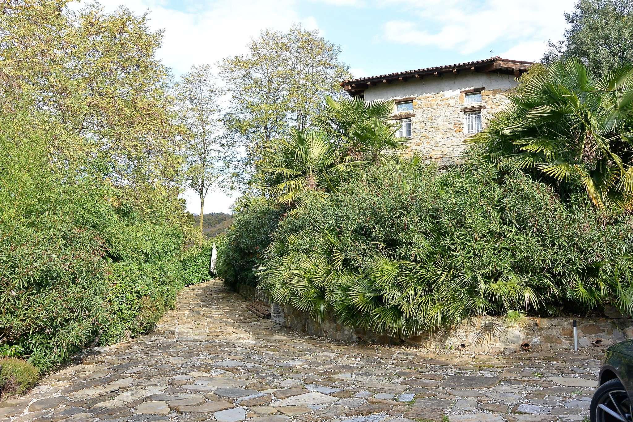 Rustico / Casale in vendita a Dolegna del Collio, 5 locali, prezzo € 450.000 | Cambio Casa.it
