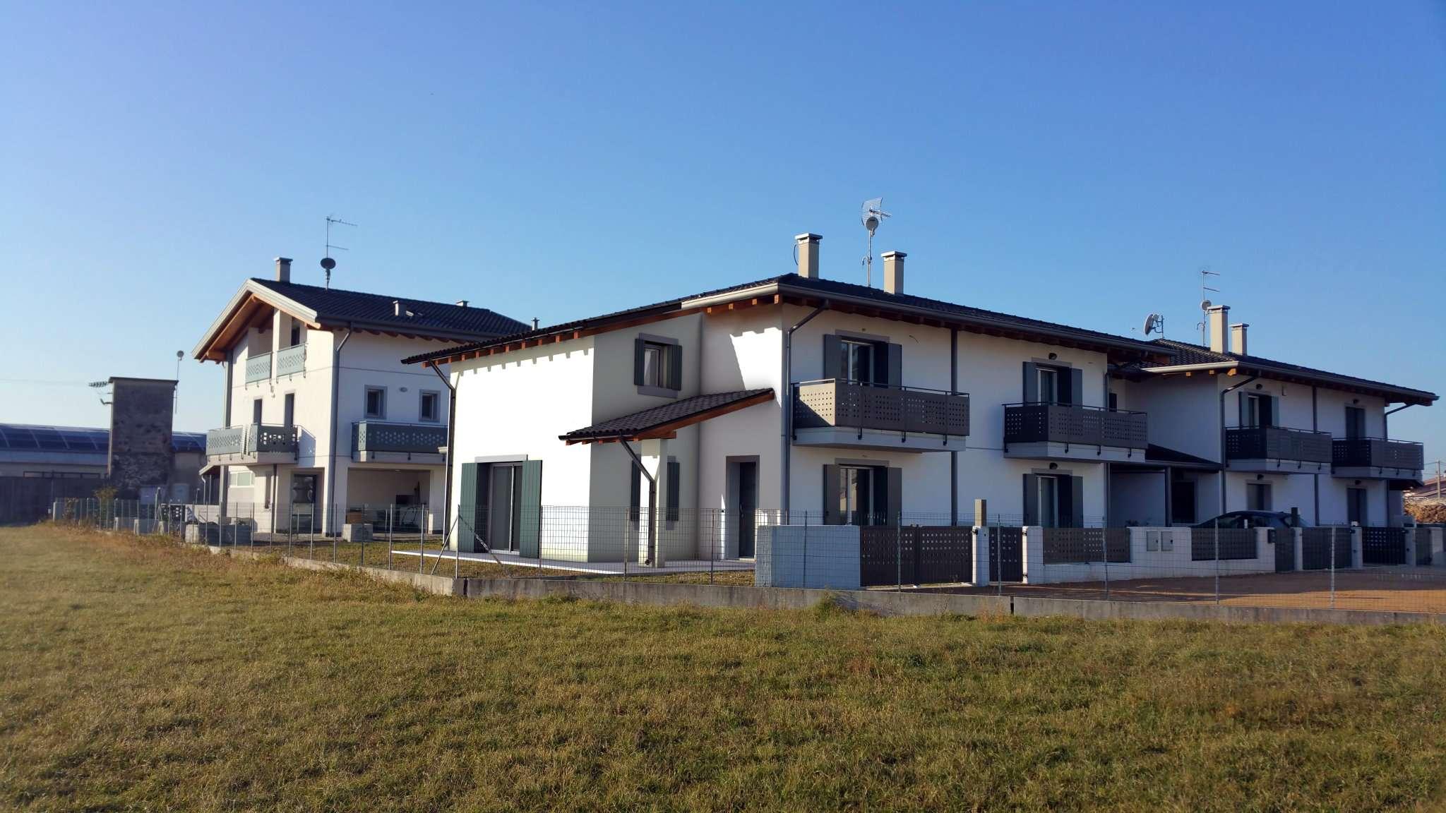 Villa a Schiera in vendita a Premariacco, 6 locali, prezzo € 235.000 | Cambio Casa.it