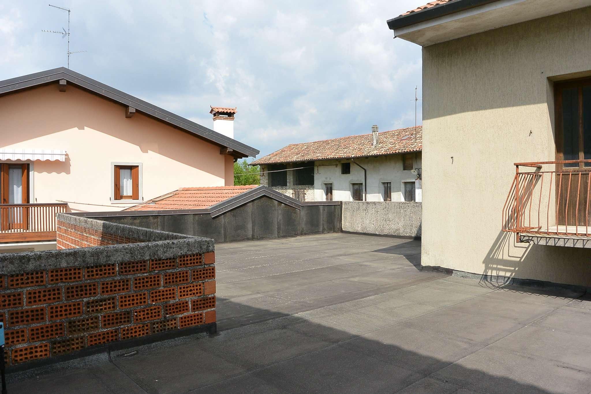 Rustico / Casale in vendita a Remanzacco, 20 locali, prezzo € 150.000 | Cambio Casa.it