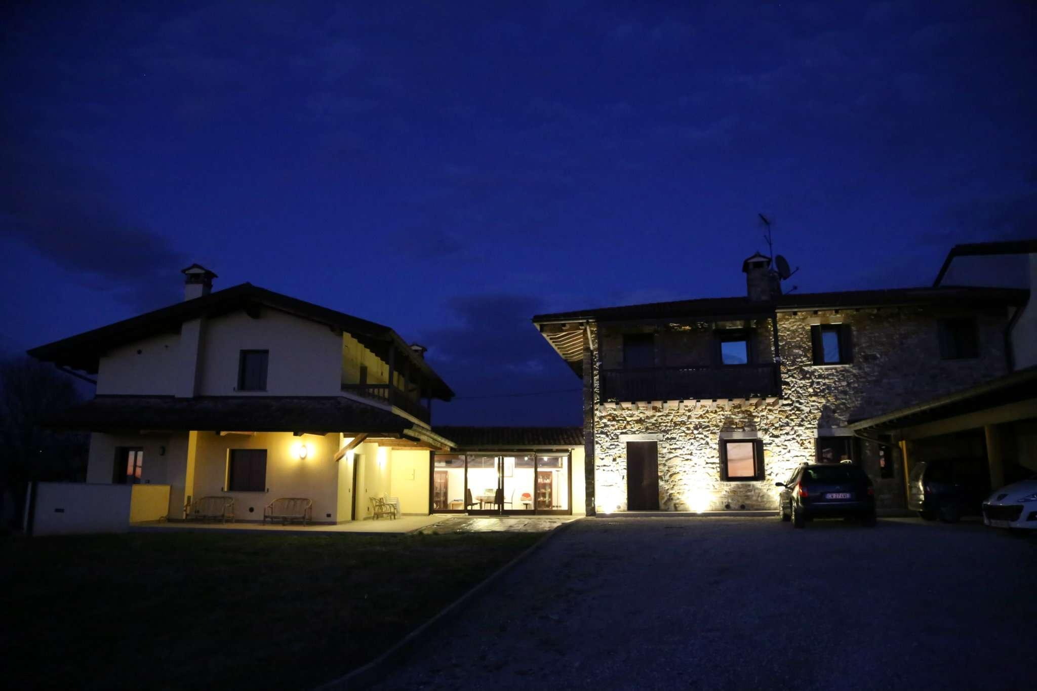 Soluzione Indipendente in vendita a Cividale del Friuli, 9 locali, prezzo € 650.000 | CambioCasa.it