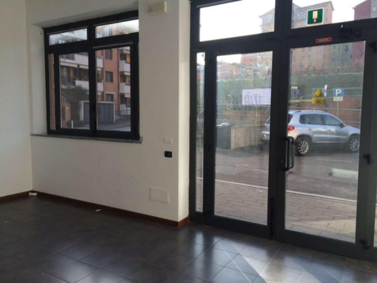 Negozio / Locale in affitto a Melegnano, 1 locali, prezzo € 600 | CambioCasa.it